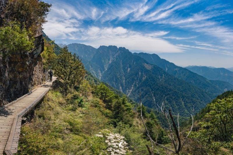 10 Best Hiking Trails in Taiwan Yushan Peaks Trail