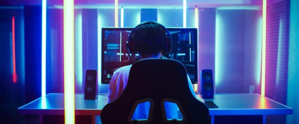 Hong Kong Stocks Plummet Following Chinese Game Development Regulations
